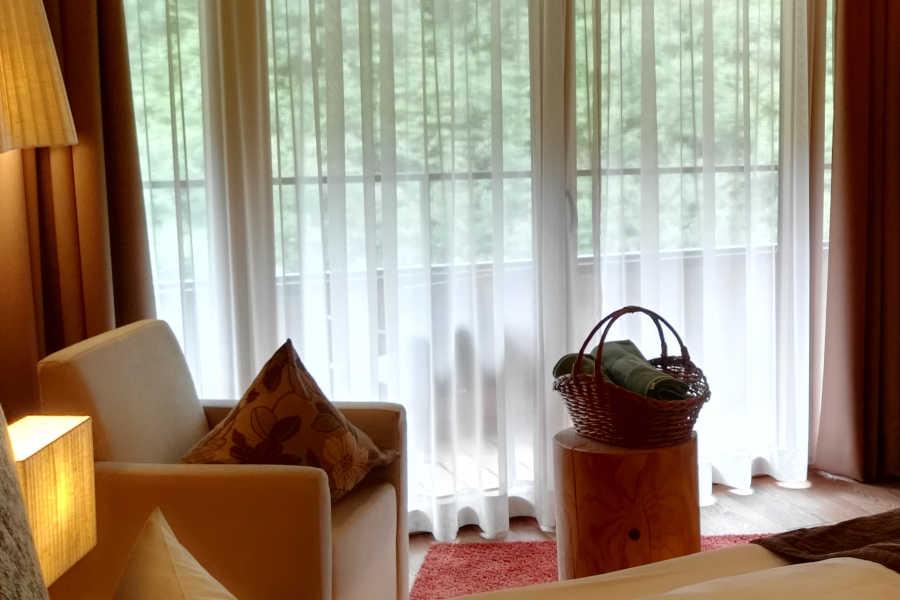 Architektur - Symbolfoto - Fensterfront