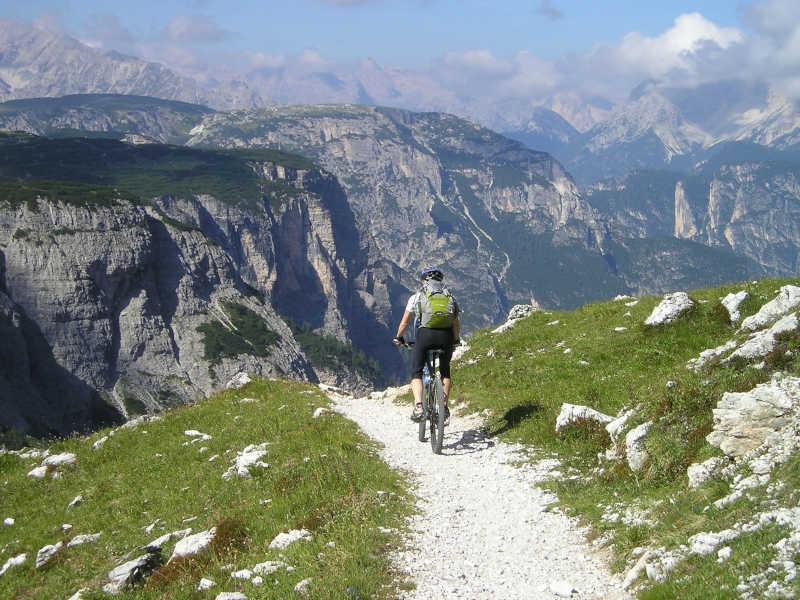 Freizeit - Sommerfreizeit - Biken - Symbolfoto