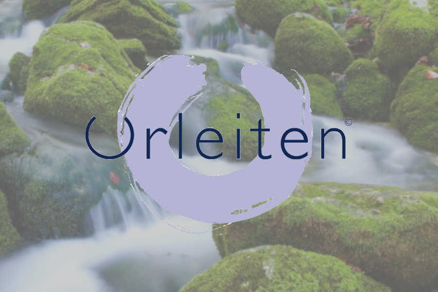 Kulinarik - Alpenquellwasser - Symbolfoto